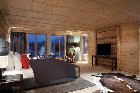 Kempinski Hotel Das Tirol - Penthouse Suite Bedroom