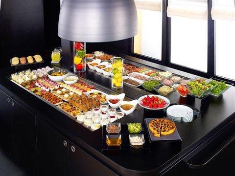 Campanile Epinal - Buffet Restaurant 1