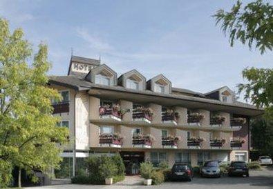 Hotel The Originals l'Arc en Ciel