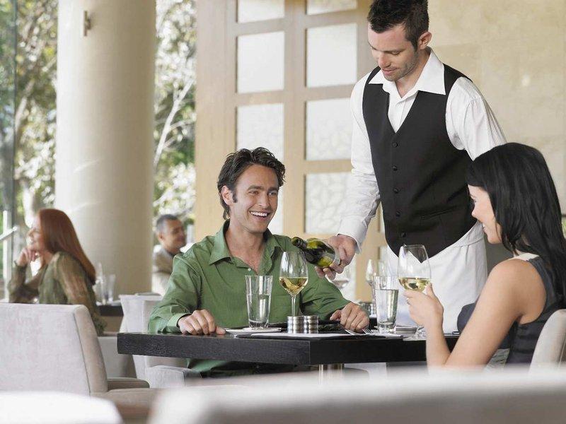 Hilton Garden Inn Las Colinas Ravintolat