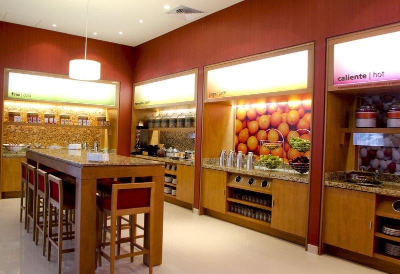 Hampton Inn by Hilton Guadalajara/Expo Gastronomy