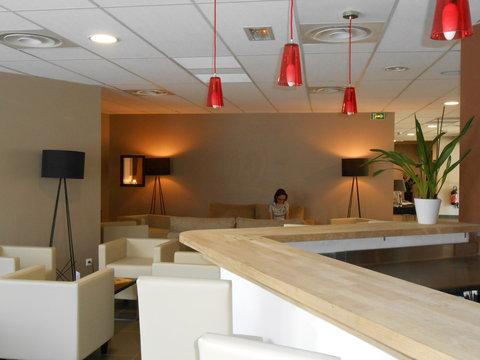 Appart Hotel & Spa Odalys Ferney Voltaire Geneve - FVBar Salon