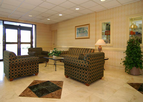 Comfort Inn and Suites Miami Airport - lobby