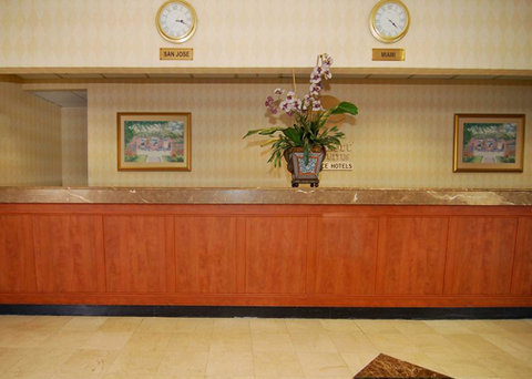 Comfort Inn and Suites Miami Airport - front desk