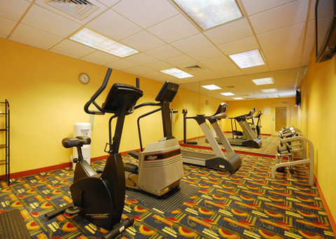 Comfort Inn and Suites Miami Airport - exercise room
