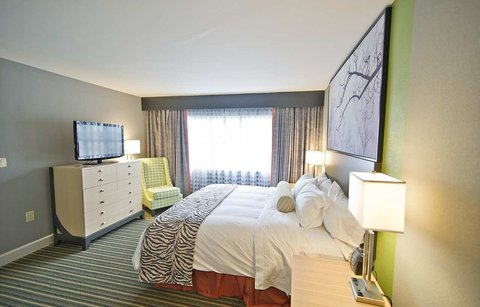 DoubleTree Suites by Hilton Huntsville South - King Room 1