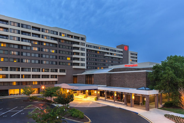 Sheraton Norfolk Waterside Hotel - Norfolk, VA