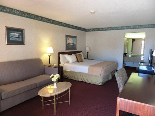 Guesthouse Inn And Suites - Gainesville, GA