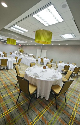 DoubleTree Suites by Hilton Huntsville South - Magnolia Ballroom 3