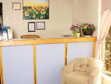 Days Inn Emporia - Front Desk