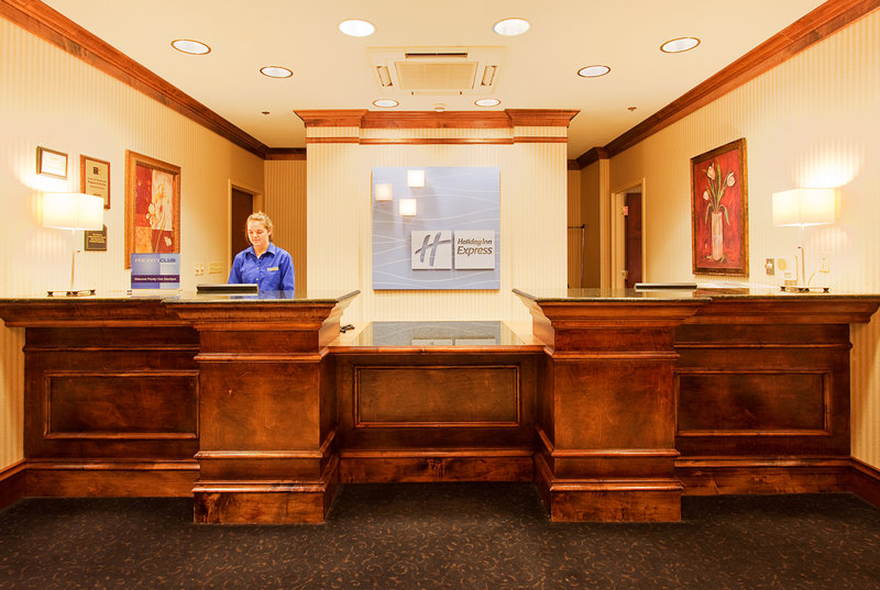 Holiday Inn Express - Brookhaven, MS