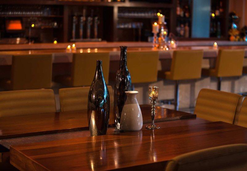 Renaissance Palm Springs Hotel Bar/lounge