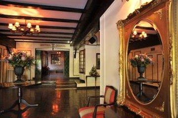 Cresta Churchill Hotel - CKBUQCHU