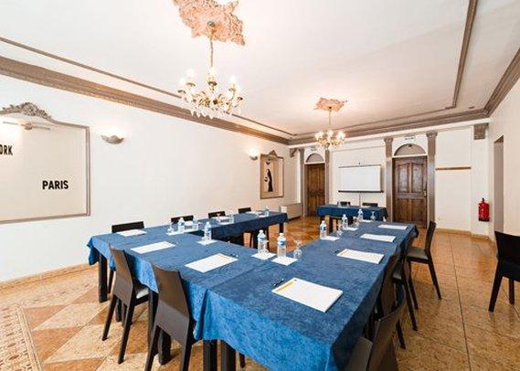 Comfort Hotel Le Mas de L'Etoile Tagungsraum