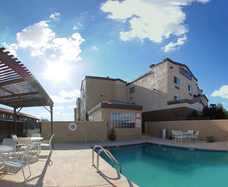 BEST WESTERN PLUS Gold Poppy Inn - Tucson, AZ
