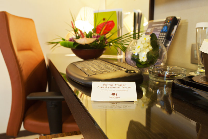 Doubletree by Hilton Hotel Bucharest - Unirii Square Rum