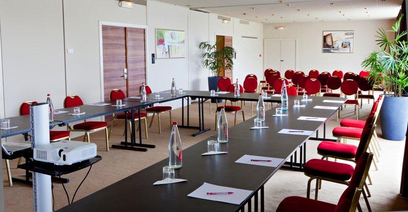 Golden Tulip Mulhouse Basel Konferenciaterem