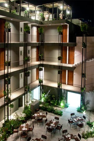 Flor de Mayo Hotel & Restaurant - Exterior