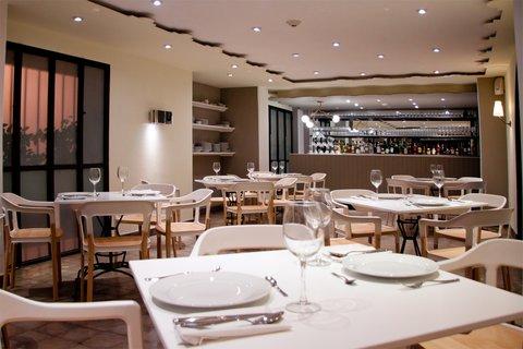 Flor de Mayo Hotel & Restaurant - Restaurant
