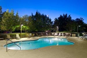 Pool - Hampton Inn Northeast Columbia