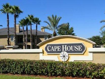 Cape House Apartments - Jacksonville, FL