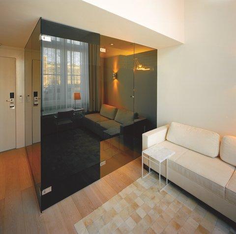 竞技场酒店 - Deluxe Room