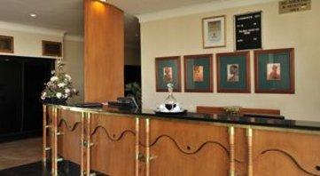 Cresta Oasis Hotel - Reception