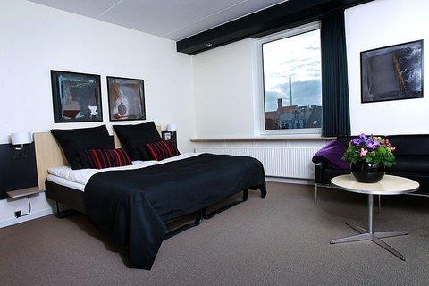 Britannia Hotel - Guest Room
