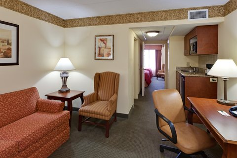 Country Inn & Suites By Carlson, Clinton I-75, TN - CountryInn Suites Clinton  Suite