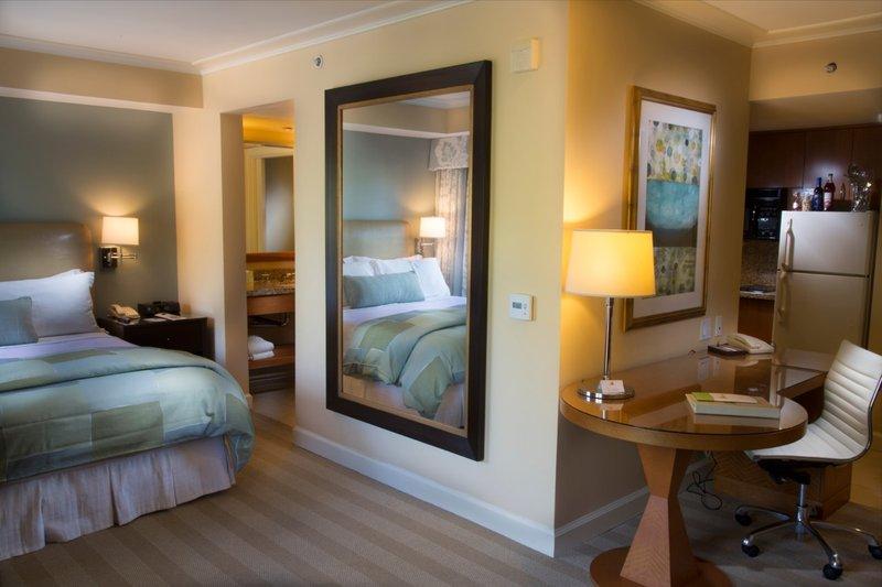 Hotel Amarano Burbank - Burbank, CA