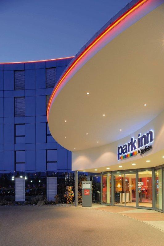 Park Inn by Radisson Zurich Airport Kilátás a szabadba