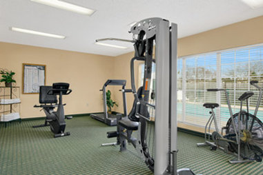 Baymont Inn & Suites Waycross - Fitness Center
