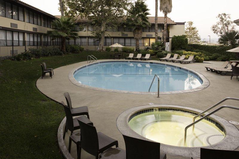 BEST WESTERN Valencia Inn - Valencia, CA