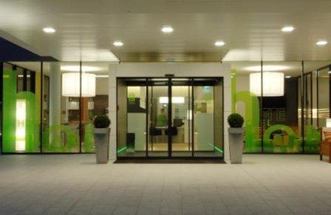 Harrys Home Graz - Entrance