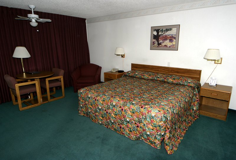 Country Inns of America - Grand Junction, CO