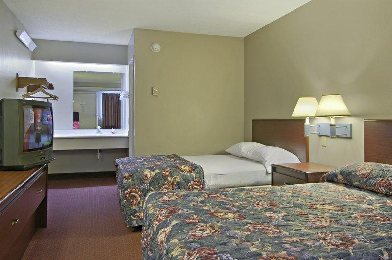 Cheap Hotels in Trenton, NJ near Princeton | Red Roof Inn