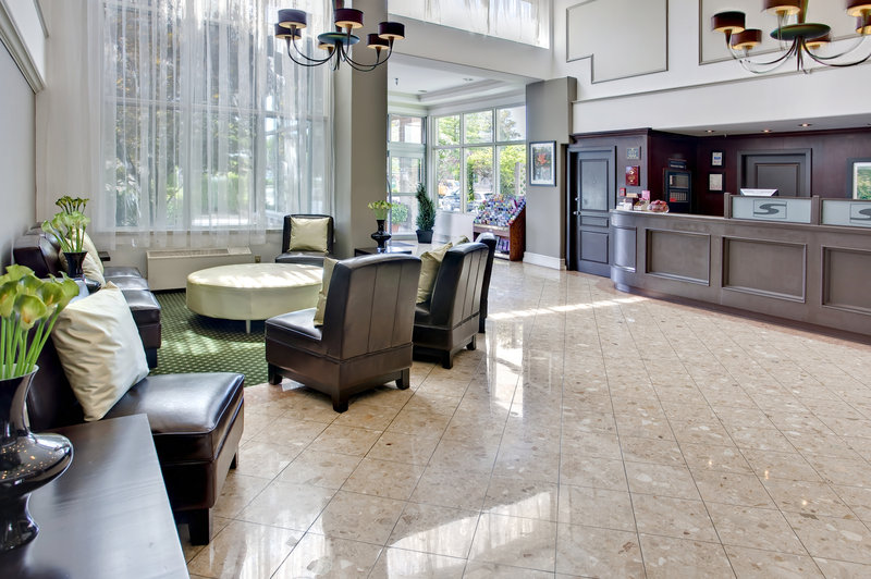 Sandman Hotel Langley 前厅