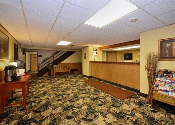 Econo Lodge Airport - Duluth, MN