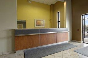 Lobby   Red Roof Inn U0026 Suites Elyria ...