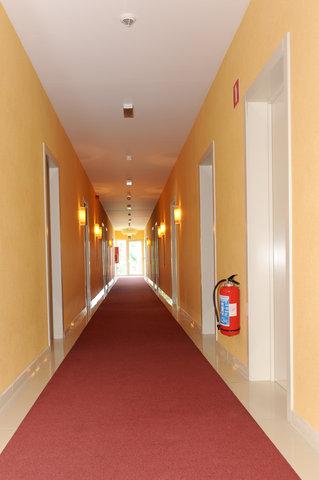 BEST WESTERN Zimmerhotel - Interior