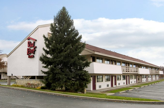 Red Roof Inn - Cranberry Township, PA