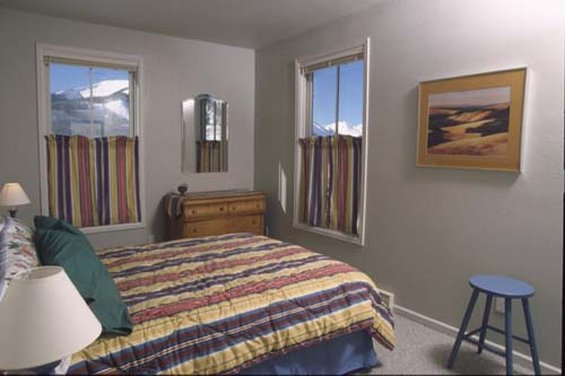 Crested Butte Lodge & Hostel - Crested Butte, CO