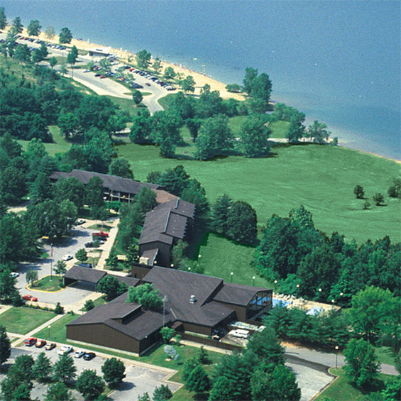 Barren River Lake Resort Lodge and Cottages - Lucas, KY