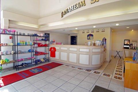 Best Western Sportstown - Front  Desk