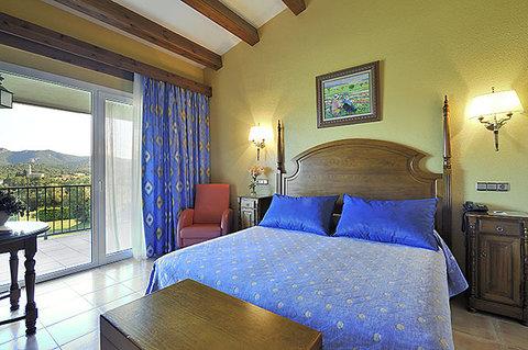 Salles Hotel Mas Tapiolas - Room