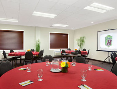 Super 8 Red Lake ON - Meeting Room