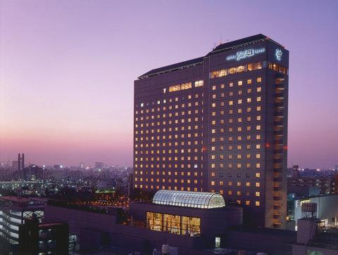 Hotel East 21 Tokyo - Hotel Exterior