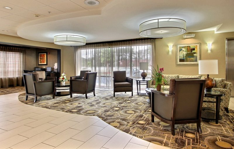 Comfort Suites Savannah South