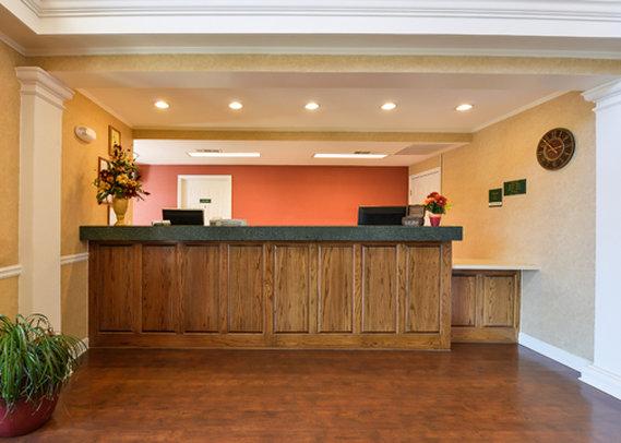 Quality Inn - Newnan, GA