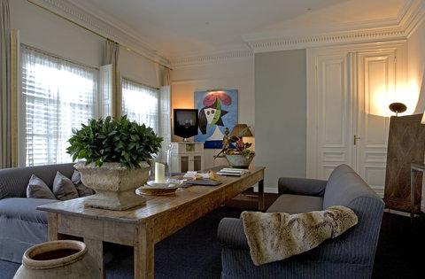 Hotel 717 - Picasso Suite